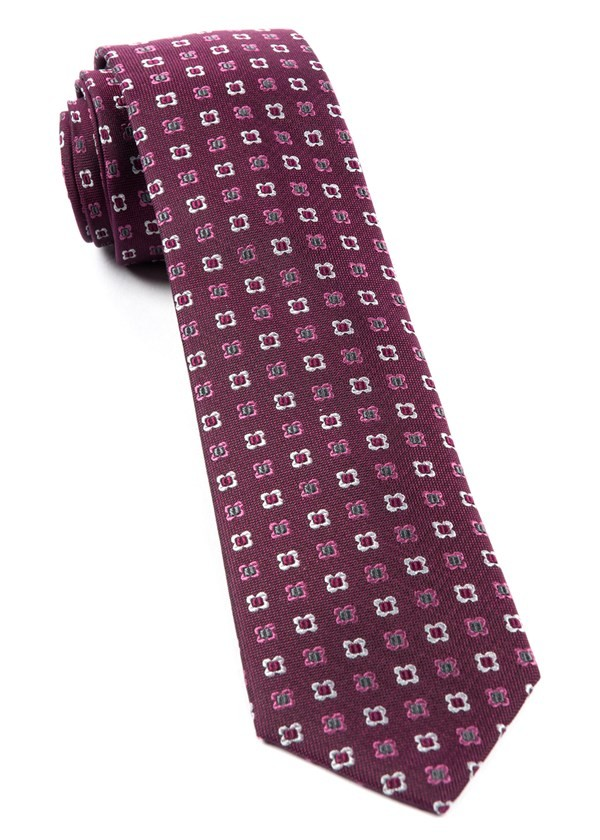Steady Bloom Deep Azalea Tie