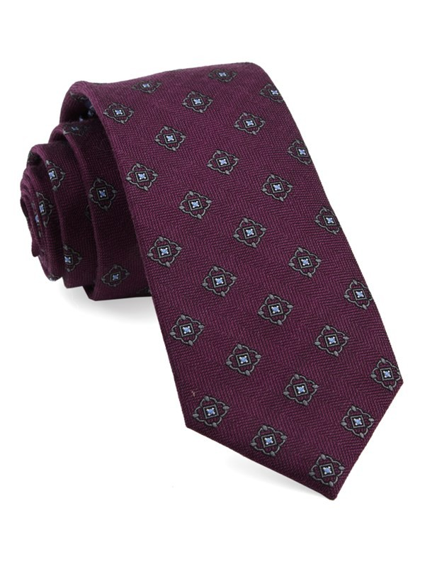 Medallion Shields Wine Tie