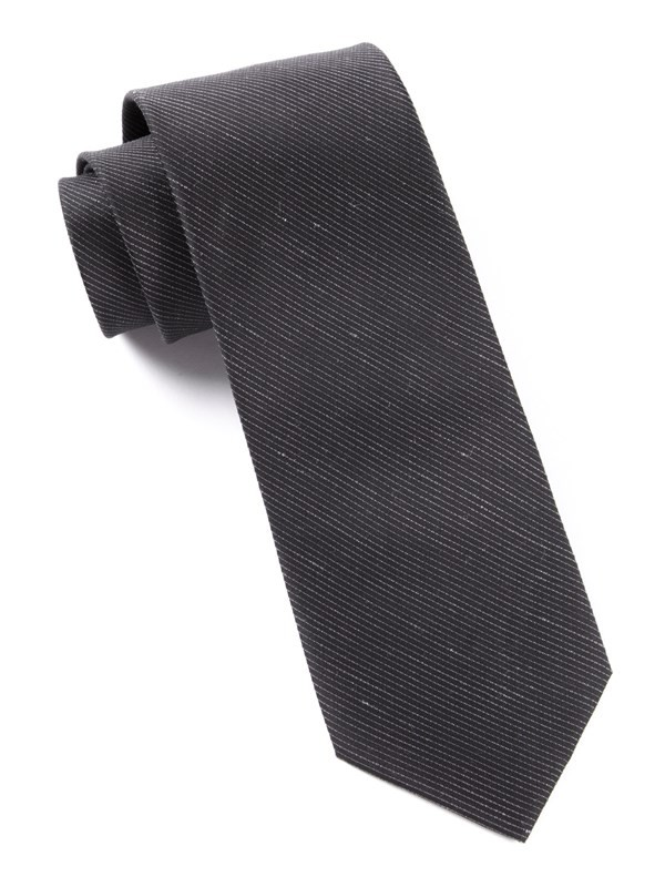 Fountain Solid Black Tie