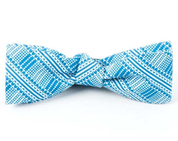 The Kushner Serene Blue Bow Tie