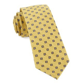Medallion Scene Yellow Tie
