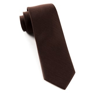 Astute Solid Chocolate Tie