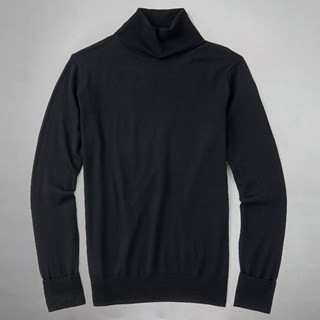 Perfect Merino Wool Black Turtleneck Sweater