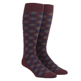 Textured Diamonds Burgundy Dress Socks