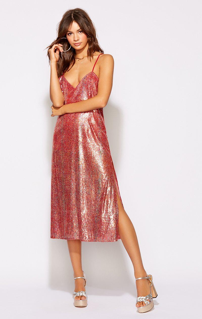 RISKY RED SEQUIN