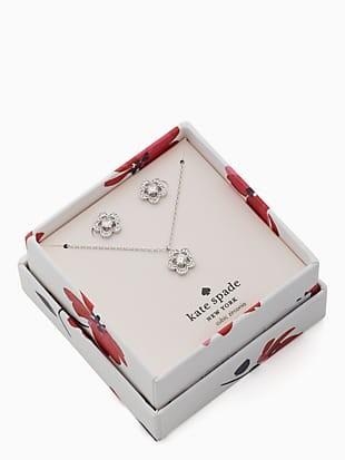 jeweled stencil scallops studs and mini pendant