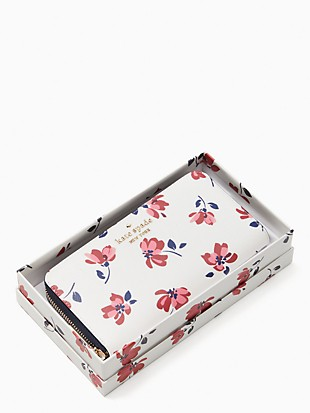 staci tea garden toss boxed large continental wallet