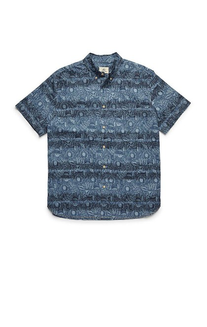 SHORT SLEEVE TIKI PRINTED SHIRT